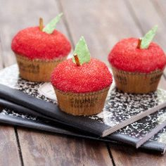 Teacher cupcakes from crumbs. Yes please! #Red #Apple #Celebstylewed