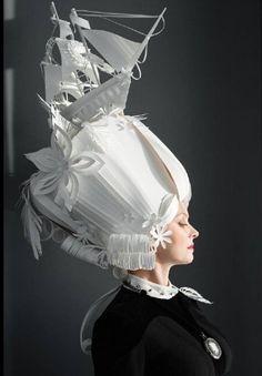 Incredibili parrucche di carta