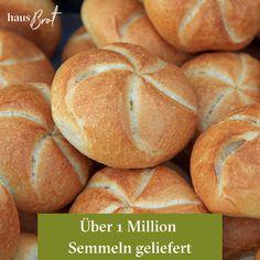 Wusstet ihr, dass Hausbrot über 1 Million Semmeln jährlich liefert🤩 Merkt man schon dass die Semmel in Österreich das beliebteste Gebäck ist😁   #jedenmorgenfrisch #lieferservice #frühstück #semmel #wusstetihr #fakten #österreich #kaisersemmel #lieferservice #1million #auswien #gebäck #regional #felber #geier #josephbrot Regional, Hamburger, Bread, Food, Vulture, Brot, Essen, Baking, Burgers