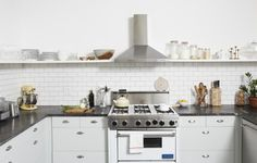 What's on your kitchen wish list? Start browsing secondhand appliance sites, and you just might find that SubZero fridge and Vitamix blender with your name on it. Getting ready to remodel? These sources also stand ready to take kitchen castoffs off your hands.