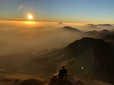 Sunrise at the top of mt Sinai. Mount Horeb, Mount Sinai, Egypt Travel, The Monks, Weekends Away, Sea Level, Chakras, Photo Credit, Israel