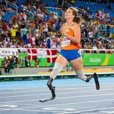 Go All-In on yourself .. .. Such an inspirational photo from super athlete Dutch Marlou van Rhijn @marlouvanrhijn winning gold in 100m and 200m at the 2016 Rio Paralympics.