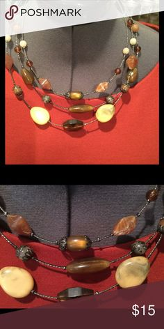♦️triple stranded beaded choker with earth tones Earth tone choker LOFT Jewelry Necklaces