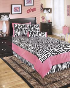 Youth Zebra Print In Pink and Black Glamour Twin Comforter Set - brand furniture wallet promotion Full Size Comforter Sets, Twin Comforter Sets, Bedding Sets, Bed Sets, Zebra Print Rooms, Zebra Print Bedding, Pink Room, Girls Bedroom, Bedroom Ideas