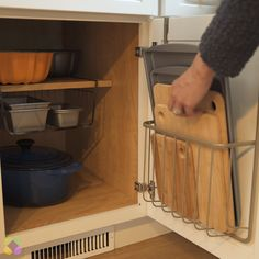 Trendy Kitchen Hacks Videos Organization Video Ideas – – # Kitchen Informations About Trendy Küche Hacks Home Decor Kitchen, Interior Design Kitchen, Kitchen Furniture, New Kitchen, Kitchen Ideas, Kitchen Inspiration, Eclectic Kitchen, Order Kitchen, Minimal Kitchen