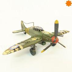 Avioneta militar de metal - Estilo de decoraciónindustrial.