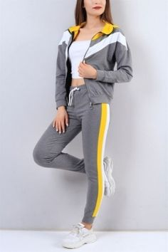 ... Gray Women\'s Tracksuit Team Our B FashionBir . Sporty Outfits, Dope Outfits, Dance Outfit, Calvin Klein Outfits, Night Suit, Parka Style, Evolution Of Fashion, Sport Pants, Sport Fashion