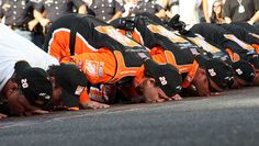 Tony loves kissing the bricks again in 2007  --  Kissing the bricks at the Brickyard 400 | NASCAR.com