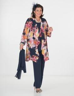Plus size Box 2 navy/floral voile waterfall jacket, vest and trouser Big Size Fashion, Waterfall Jacket, Mother Of Bride Outfits, Plus Size Wedding, Old Women, Plus Size Outfits, Kimono Top, Trousers, Tunic Tops