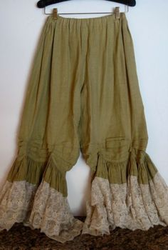 MAGNOLIA PEARL *MUSTARD LINEN & LACE BLOOMERS*ONE SIZE *OOAK* ONE OF A KIND