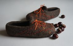 I stock, EU 38 size! Eco felted slippers for women. Clogs. 100% Natural. Gift fo
