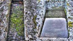 Tumbas del yacimiento de Malamoneda © ABC. http://www.abc.es/espana/castilla-la-mancha/toledo/pueblos/abci-alertan-expolio-yacimiento-malamoneda-hontanar-201606052003_noticia.html