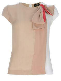 Shop for bow detail top by Vionnet at ShopStyle. Hijab Fashion, Fashion Outfits, Iranian Women Fashion, Bow Tops, Couture Tops, Beige Shirt, Professional Outfits, Mode Inspiration, Blouse Designs