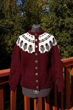Sheep Go Round cardigan Fair Isle Knitting Patterns, Knit Patterns, Beanie Pattern Free, Icelandic Sweaters, Christmas Knitting, Hand Knitting, Sheep, Knit Crochet, Submissive