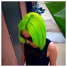 Neon Pravana: my favorite Pastel Green Hair, Green Hair Dye, Green Hair Colors, Colourful Hair, Fringe Hairstyles, Hairstyles Haircuts, Cool Hairstyles, Love Hair, Big Hair