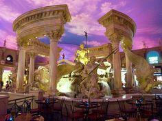 米国ラスベガスのショッピングモール「フォーラムショップス 」にて。The Forum Shops in Las Vegas, USA.
