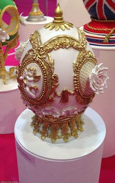 Stunning Faberge eggs recreated from sugar