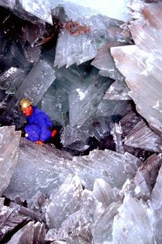 where are the cave of crystals in mexico | Caves of giant crystals in Mexico | Amazing nature