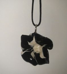 Black & White flower pendant.