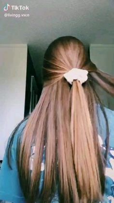 Vsco vscogirl vscocam tiktok 14 quick and easy hairstyles for school small girls Pretty Hairstyles, Braided Hairstyles, Hairstyles Videos, Easy Hairstyles For Medium Hair For School, Hair Ideas For School, Bob Hairstyles, Bandana Hairstyles For Long Hair, School Hairstyles For Teens, Athletic Hairstyles