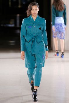 Jonathan Saunders Spring 2015 Ready-to-Wear Fashion Show - Binx Walton