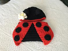 Ravelry: Ladybug hat and diaper cover crochet pattern pattern by Lisa Kingsley  $3.50 CAD