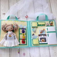 """Доброго времени суток всем! Закончила я свой очередной заказ или, можно сказать, - проект """"Книжка-домик для куколки """"🏡👯♀️. . . . . . Эту…"""