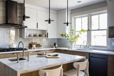 Sunset Idea House by Lauren Nelson Design Kitchen Interior, Kitchen Design, Kitchen Decor, Kitchen Ideas, Kitchen Layout, Cocinas Kitchen, Banquettes, Dining Nook, House Built