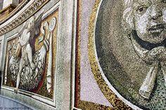 Les mosaïques de la Coupole de la Basilique Saint Pierre à Rome