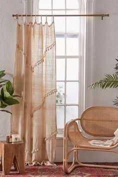 Boho Room, Boho Living Room, Living Room Decor, Bedroom Decor, Bedding Decor, Cortina Boho, Rideaux Boho, Bohemian Curtains, Tassel Curtains