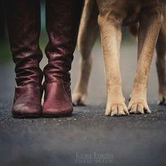 Together in autumn by Ksenia Raykova - Haustierfotografie - Chien Tumblr Photography, Animal Photography, Photography Poses, Fall Pictures, Dog Pictures, Senior Pictures, Dog Tumblr, Photos With Dog, Tier Fotos