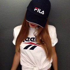 90's look Fila Cap Reebok shirt - vintage outfit - Vintage Outfits, Vintage Fashion, Vintage Style, Fashion Clothes Online, Girly, Reebok, Cool Style, Casual Outfits, Womens Fashion