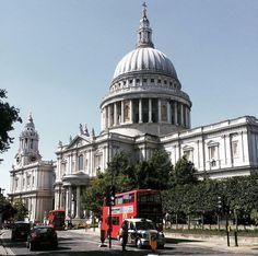 St Pauls and sun   by @madybarnett // #london #londonliving #british