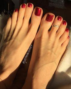 #perfectfeet #sexyfeet #nails #ilovemyfeet #liveyourdreams #liveyourlife #happygirl Nice Toes, Pretty Toes, Feet Soles, Women's Feet, Black Toe Nails, Long Toenails, Red Toenails, Soft Feet, Beautiful Toes