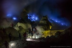 Blue Fame of Ijen Crater - IMG_0406