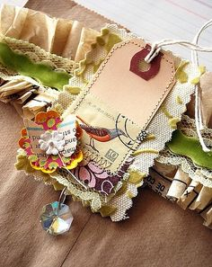gift tags using scrap fabric by leanna