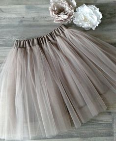 1 million+ Stunning Free Images to Use Anywhere Baby Clothes Sizes, Cute Baby Clothes, Little Girl Fashion, Kids Fashion, Fashion Outfits, Little Girl Dresses, Girls Dresses, Flower Girl Dresses, Baby Skirt