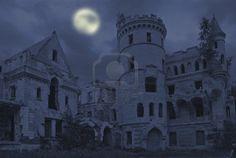 Manoir abandonné dans le style gothique, Muromtzevo, Russie