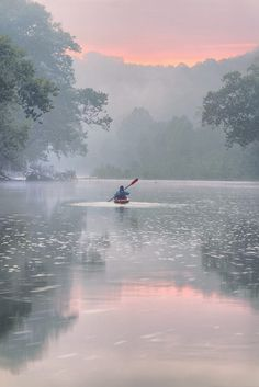A misty moisty morning paddle on the Gasconade River in Missouri