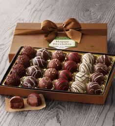 Birthday Truffle Gift Box by Harry & David – Lace Wedding Cake Ideas Chocolate Gift Boxes, Chocolate Sweets, Homemade Chocolate, Birthday Sweets, Birthday Box, Birthday Gifts, Birthday Cake Delivery, Mexican Dessert Recipes, Chocolate Covered Strawberries