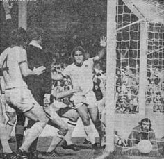 Aston Villa 1 Everton 1 in Sept 1978 at Villa Park. A goal for Bob Latchford in the Division 1 scoredraw.