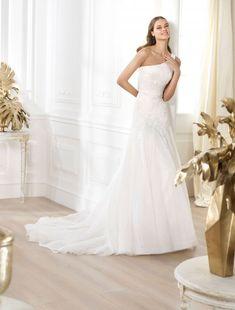 Pronovias Lanna Wedding Dress On Sale - Your Dream Dress