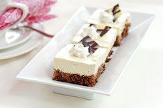 Unelman kevyet mokkaleivokset – Hellapoliisi Baking Recipes, Cake Recipes, Finnish Recipes, Sweet Bakery, Cake Bars, Sweet And Salty, Desert Recipes, Let Them Eat Cake, Yummy Cakes