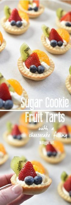 Sugar Cookie Fruit Tarts with a Cheesecake Filling - Oreo Desserts - Fruit Pizza Cups, Fruit Pizza Frosting, Mini Fruit Pizzas, Easy Fruit Pizza, Fruit Tart Mini, Easy Fruit Tart, Fruit Tartlets, Fruit Cupcakes, Fruit Cookies