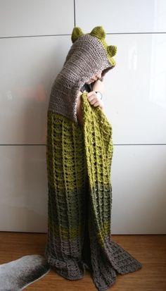 Dinosaur hooded blanket crochet by Luz Patterns