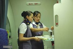 【China】 Xiamen Airlines cabin crew (old uniform) / 厦門航空 客室乗務員 旧制服 【中国】 Selfie, Selfies