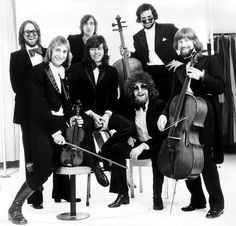 Classic pictures of Jeff Lynne and ELO Leo Sayer, Nick Lowe, Jeff Lynne, Riders On The Storm, Isabella Rossellini, Annie Lennox, Roy Orbison, David Lynch