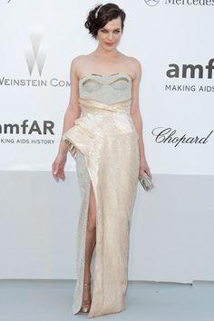 2012 – Milla Jovovich in Versace