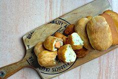 Πιροσκί, ένα αγαπημένο συνοδευτικό φαγητό για όλες τις ώρες της ημέρας! Φτιάξε γρήγορα και εύκολα πιροσκί με ό,τι γέμιση σου κάνει όρεξη! Pretzel Bites, Recipies, Bread, Food, Gastronomia, Recipes, Brot, Essen, Baking