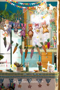 bunny garland – Template_Easter_Hase_Bine Brändle – – Keep up with the times. Bunny Crafts, Easter Crafts, Crafts For Kids, Arts And Crafts, Easter Art, Easter Bunny, Diy Ostern, Easter Printables, Easter Colors